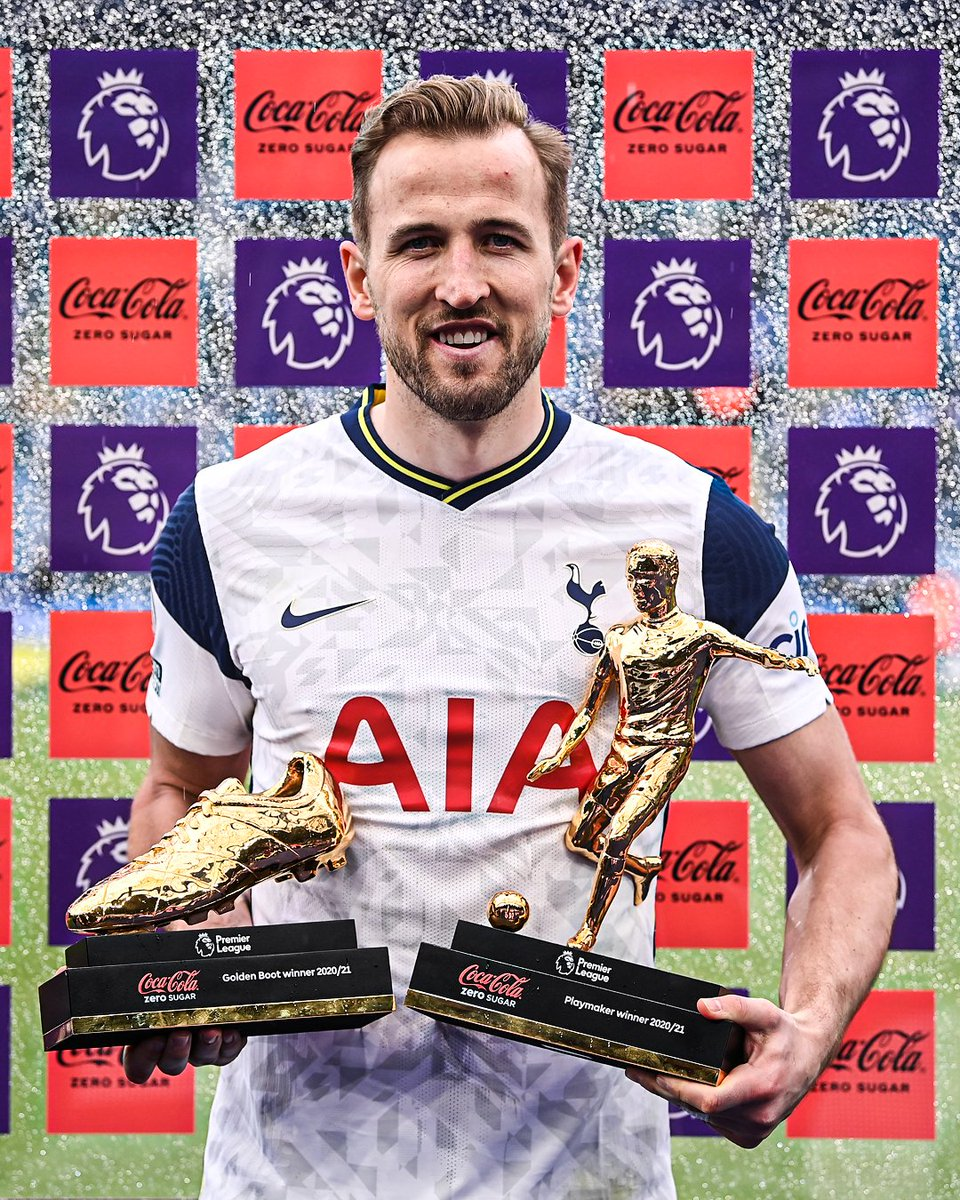 Harry Kane wins Golden Boot and Playmaker of the Season award