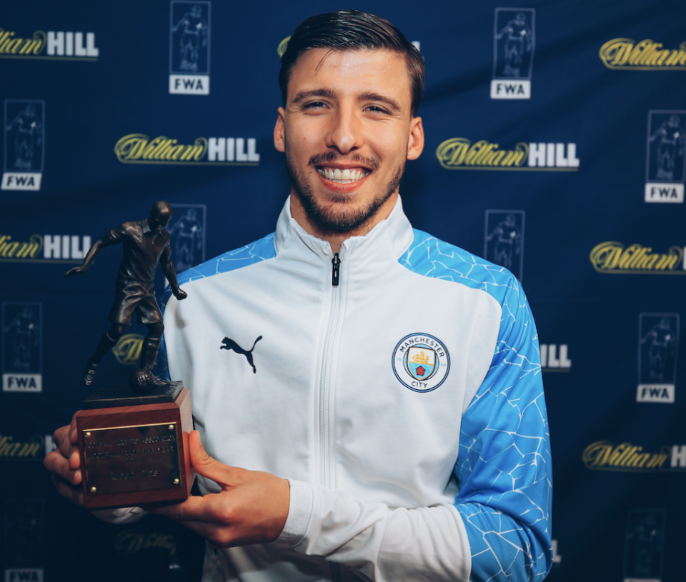 Manchester City Ruben Dias wins the FWA Footballer of the Year for 2021